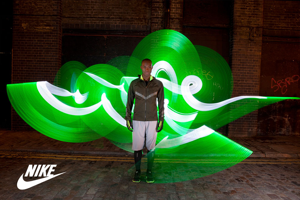 Light-Graffiti-Light-Painting-Sola-Nike