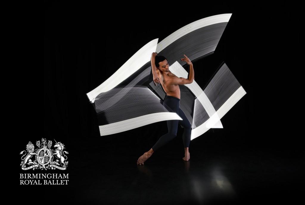 Birmingham-Royal-Ballet-Light-Painting