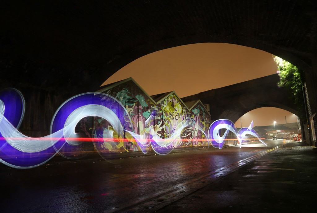 Urban-grit-light-painting-Light-Graffiti-by-sola 2